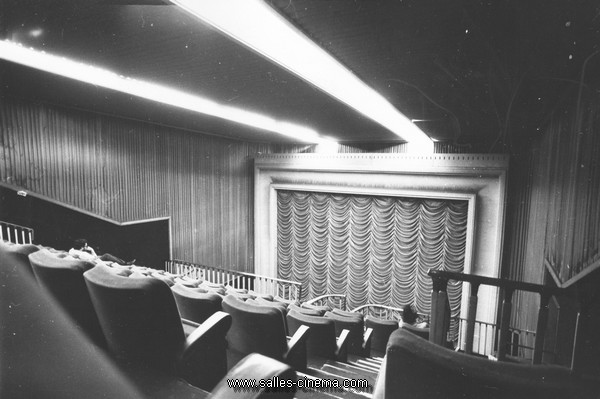 gaumont toulouse. Black Bedroom Furniture Sets. Home Design Ideas