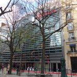 Façade du cinéma Gaumont Convention à Paris